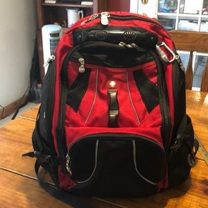 Swiss Gear Backpack. Excellent condition!!